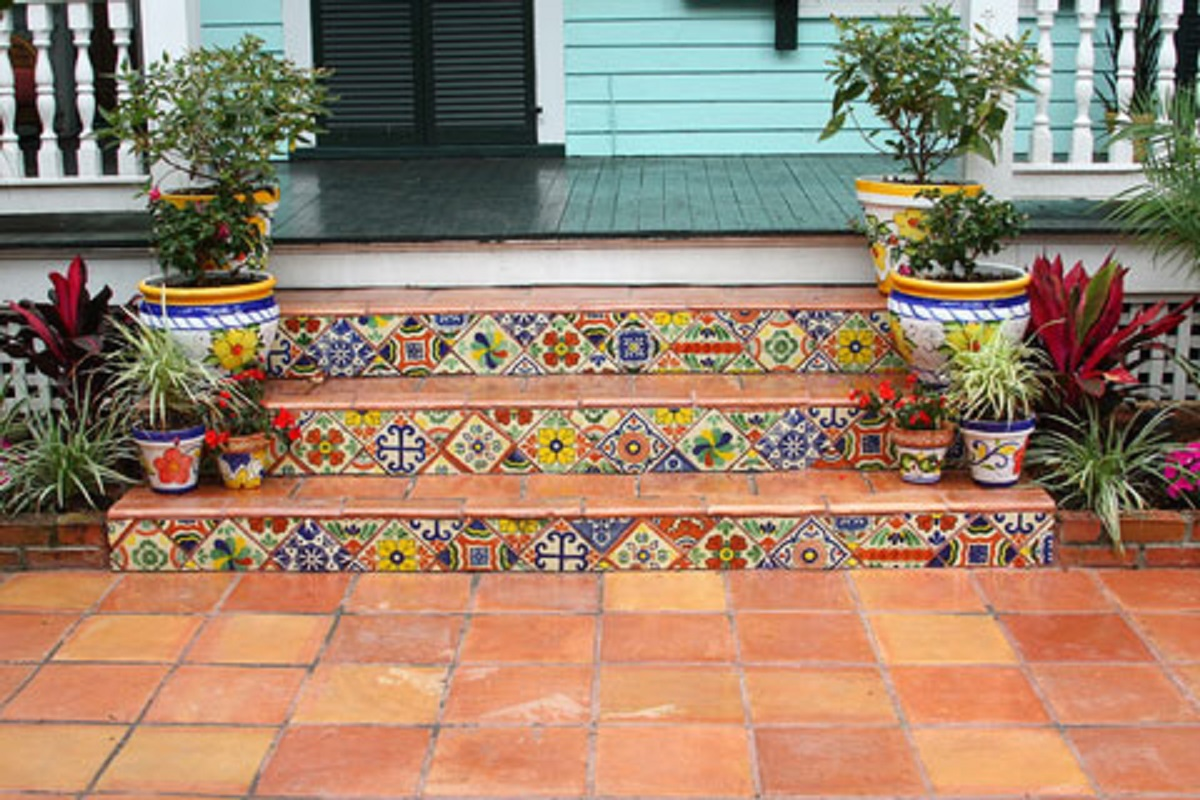 decorative front steps ceramic tiles from Mexico
